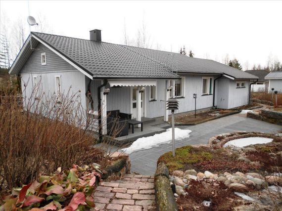 Коттедж в Хамине, Финляндия, 2365 м2 - фото 1