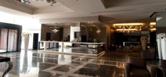 Отель, гостиница в Милане, Италия, 15000 м2 - фото 1