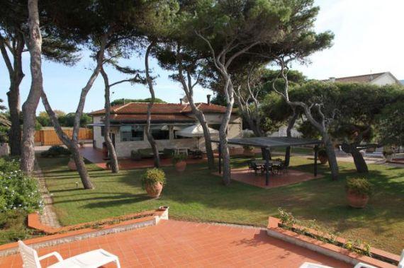 Вилла в Монте-Арджентарио, Италия, 1077 м2 - фото 1