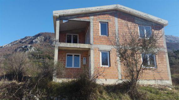 Дом в Баре, Черногория, 170 м2 - фото 1