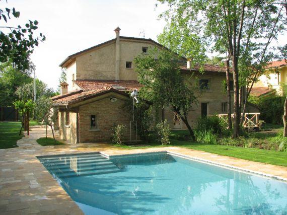 Вилла в Форте деи Марми, Италия, 225 м2 - фото 1