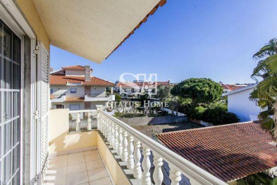 Вилла в Кашкайше, Португалия, 298 м2 - фото 1
