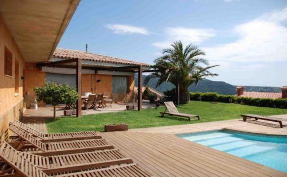 Недвижимость на курортах в испании
