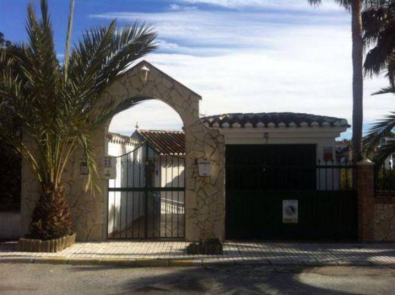 Вилла в Марбелье, Испания, 400 м2 - фото 1