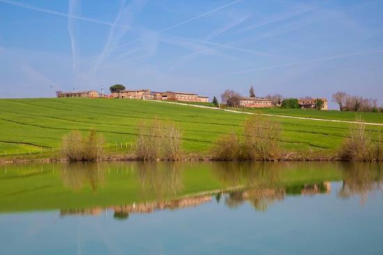 Инвестиционный проект в Умбрии, Италия, 4000 м2 - фото 1