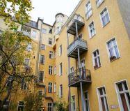 Доходный дом в Берлине, Германия, 1155 м2 - фото 1