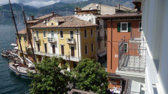 Апартаменты в Вероне, Италия, 87 м2 - фото 1