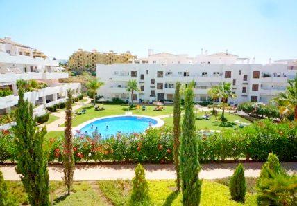 Апартаменты в Эстепоне, Испания, 157 м2 - фото 1