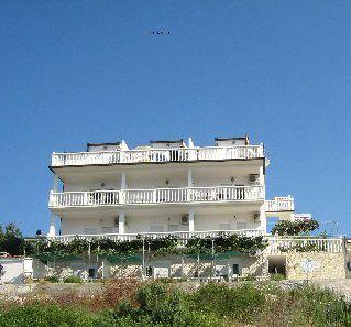 Отель, гостиница на Чиово, Хорватия, 900 м2 - фото 1