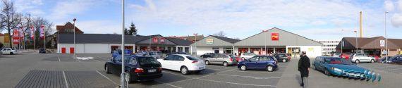 Магазин в Саксонии-Анхальт, Германия, 2442 м2 - фото 1