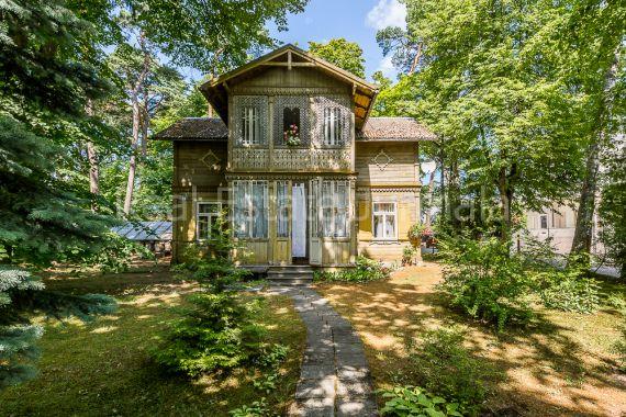 Дом в Юрмале, Латвия, 1014 м2 - фото 1