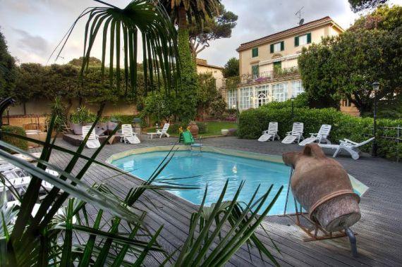 Отель, гостиница в Кастильончелло, Италия, 2200 м2 - фото 1