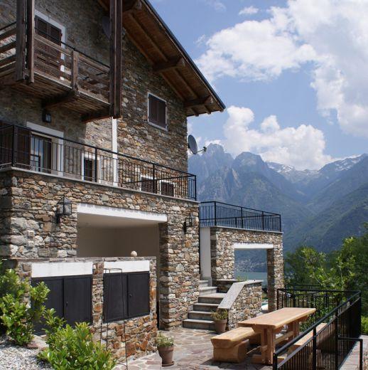 Отель, гостиница у озера Комо, Италия, 200 м2 - фото 1