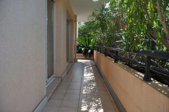 Апартаменты в Каннах, Франция, 110 м2 - фото 9