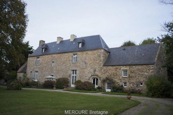 Замок в Бретани, Франция, 540 м2 - фото 1