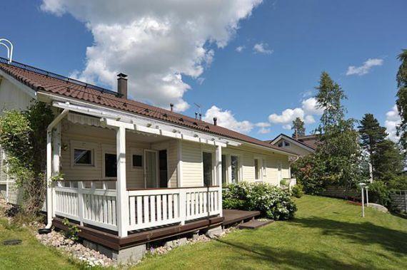 Дом в Лахти, Финляндия, 731 м2 - фото 1