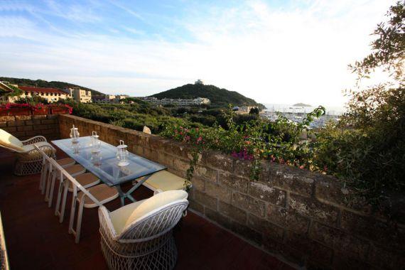 Апартаменты в Пунта-Ала, Италия, 90 м2 - фото 1