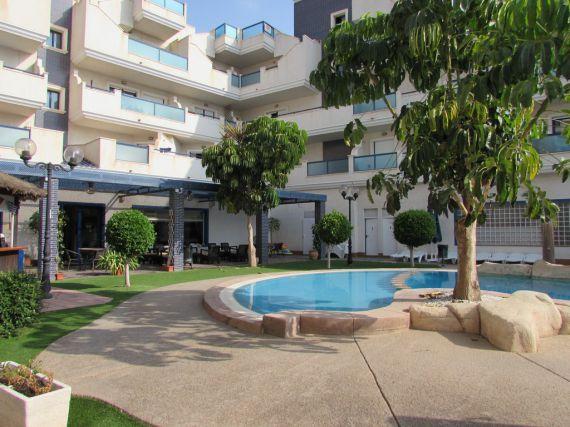 Квартира в Кабо Роч, Испания, 70 м2 - фото 1