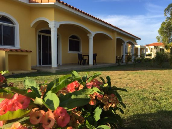 Таунхаус в Сосуа, Доминиканская Республика, 115 м2 - фото 1