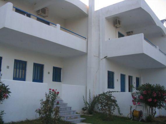 Отель, гостиница в Коринфии, Греция, 900 м2 - фото 1