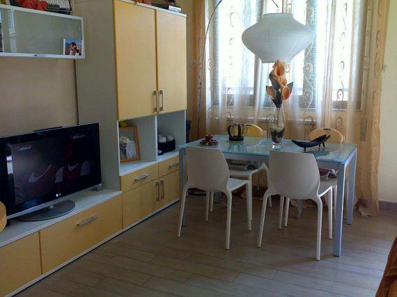 Квартира в Виареджо, Италия - фото 1