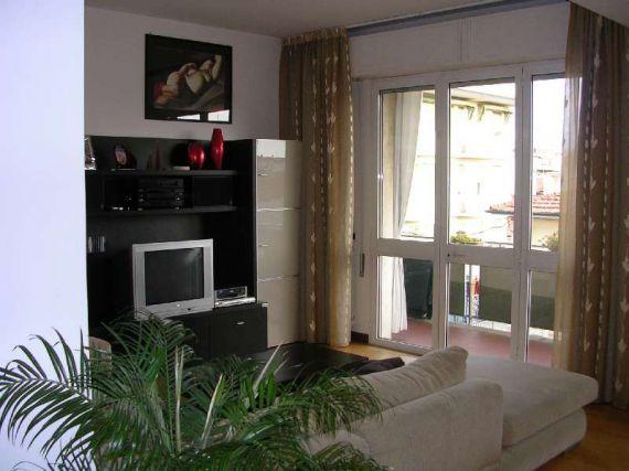 Квартира в Виареджо, Италия, 120 м2 - фото 1