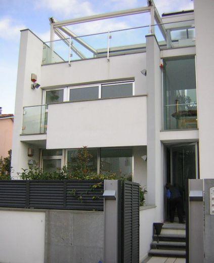 Квартира в Виареджо, Италия, 130 м2 - фото 1