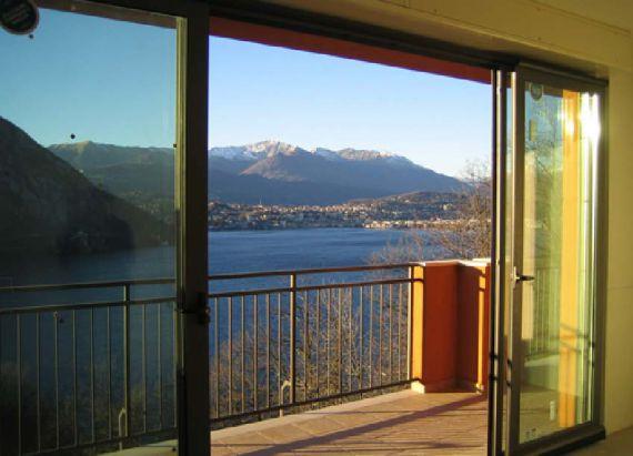 Апартаменты Озеро Маджоре, Италия, 54 м2 - фото 1