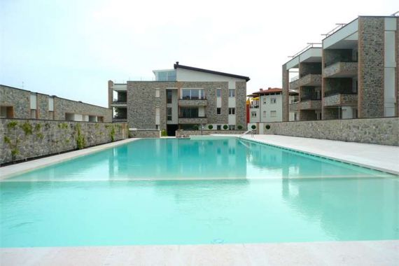 Квартира у озера Гарда, Италия, 75 м2 - фото 1