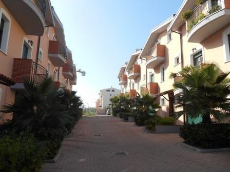 Квартира в Абруццо, Италия, 210 м2 - фото 1