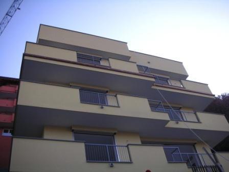 Апартаменты у озера Комо, Италия, 56 м2 - фото 1