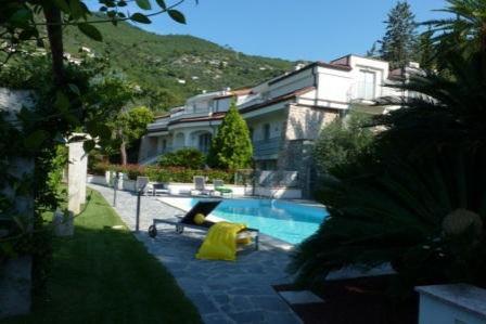Апартаменты в Алассио, Италия, 76 м2 - фото 1