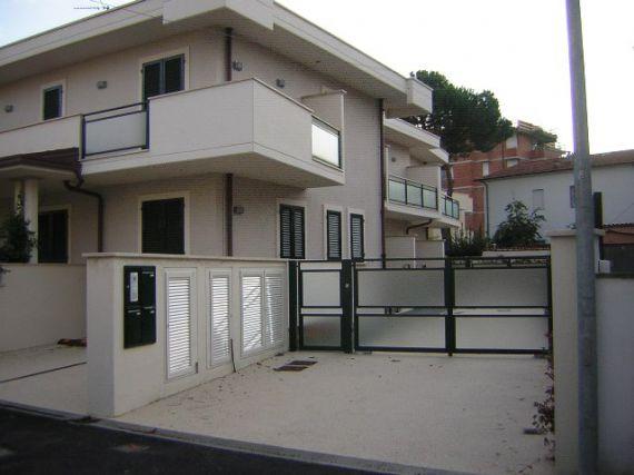 Вилла в Виареджо, Италия, 120 м2 - фото 1