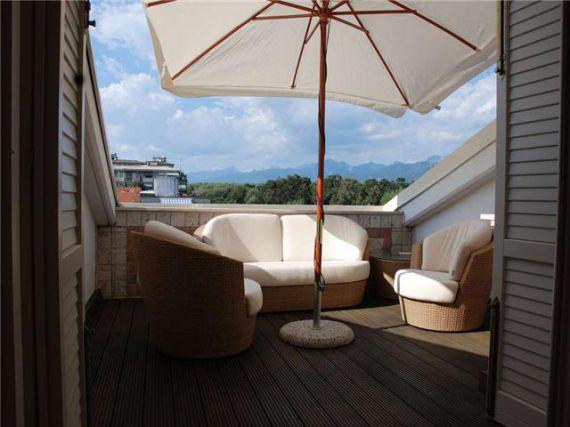 Квартира в Виареджо, Италия, 125 м2 - фото 1