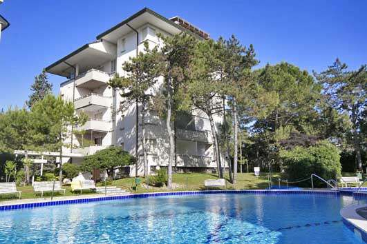 Апартаменты в Линьяно-Саббьядоро, Италия, 80 м2 - фото 1