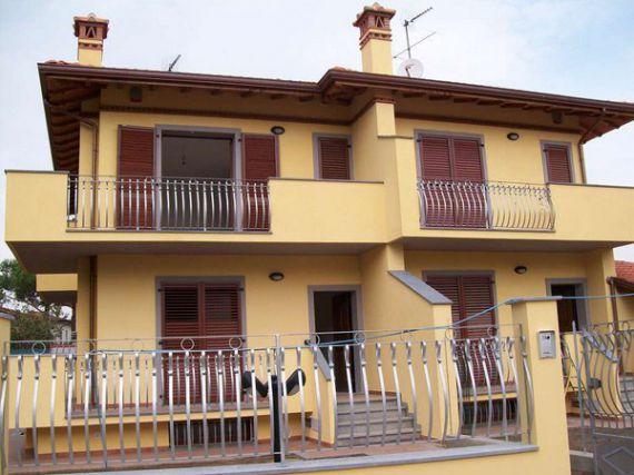 Квартира в Марина ди Пьетрасанта, Италия, 165 м2 - фото 1