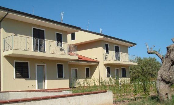 Апартаменты Калабрия, Италия, 56 м2 - фото 1