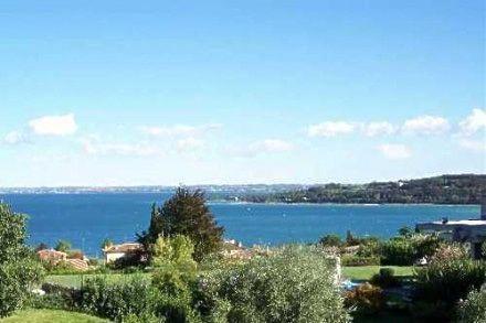 Квартира у озера Гарда, Италия, 120 м2 - фото 1