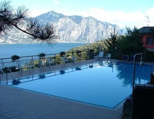 Квартира у озера Гарда, Италия, 55 м2 - фото 1