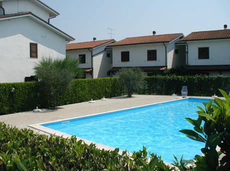 Квартира у озера Гарда, Италия - фото 1