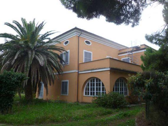 Вилла в Абруццо, Италия, 350 м2 - фото 1