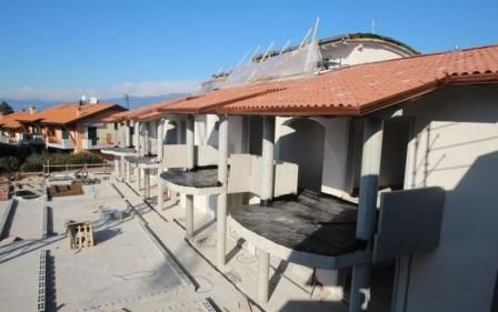 Апартаменты у озера Гарда, Италия, 80 м2 - фото 1
