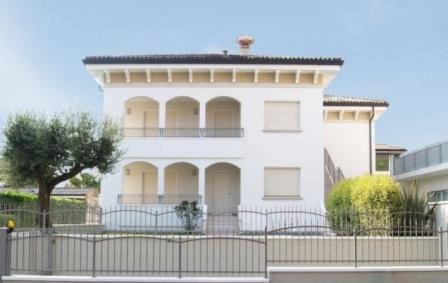 Апартаменты у озера Гарда, Италия, 105 м2 - фото 1
