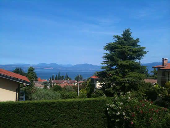 Вилла у озера Гарда, Италия, 230 м2 - фото 1