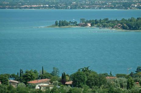 Вилла Озеро Гарда, Италия, 280 м2 - фото 1