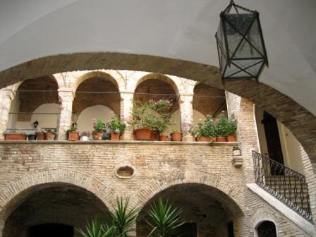 Квартира в Абруццо, Италия, 90 м2 - фото 1
