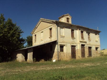 Квартира в Абруццо, Италия, 220 м2 - фото 1