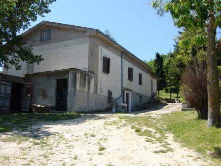 Вилла в Абруццо, Италия, 150 м2 - фото 1