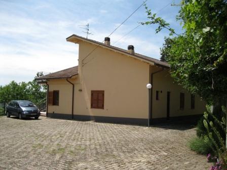 Квартира в Абруццо, Италия, 160 м2 - фото 1