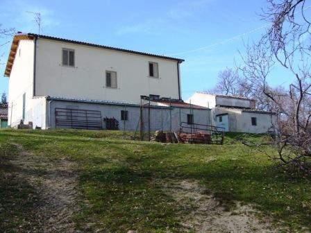 Вилла в Абруццо, Италия, 200 м2 - фото 1